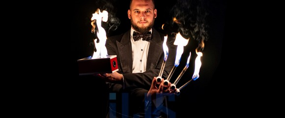 Magician Djuliano